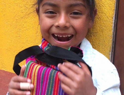 60 Maya kinderen naar school dankzij wereldwinkel Deventer